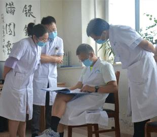 中国康复医学权威专家励建安教授莅临成都誉美医院开展现场教学指导并参加学术研讨会