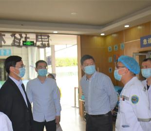 成都市120急救中心专家组莅临我院调研视察急诊急救工作